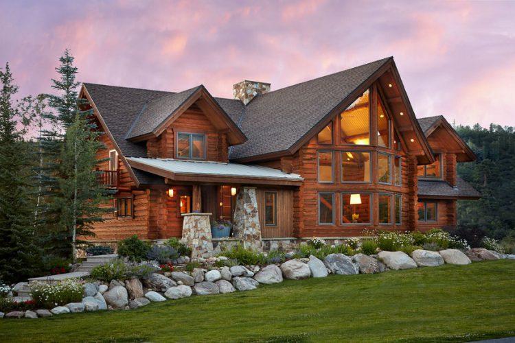 Роскошный деревянный дом ручной рубки с современным дизайном интерьера. ШтатКолорадо