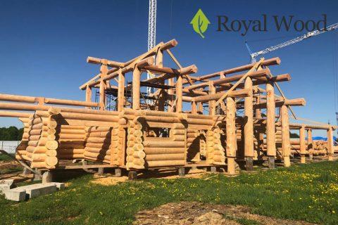 Видео с производства деревянной усадьбы из сибирского кедра канадской рубки